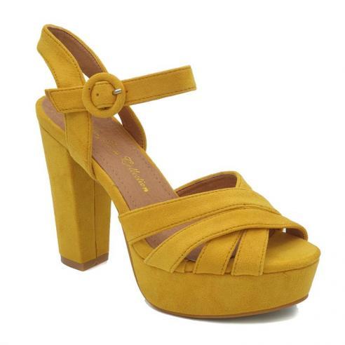 Sandalia plataforma antelina amarilla...